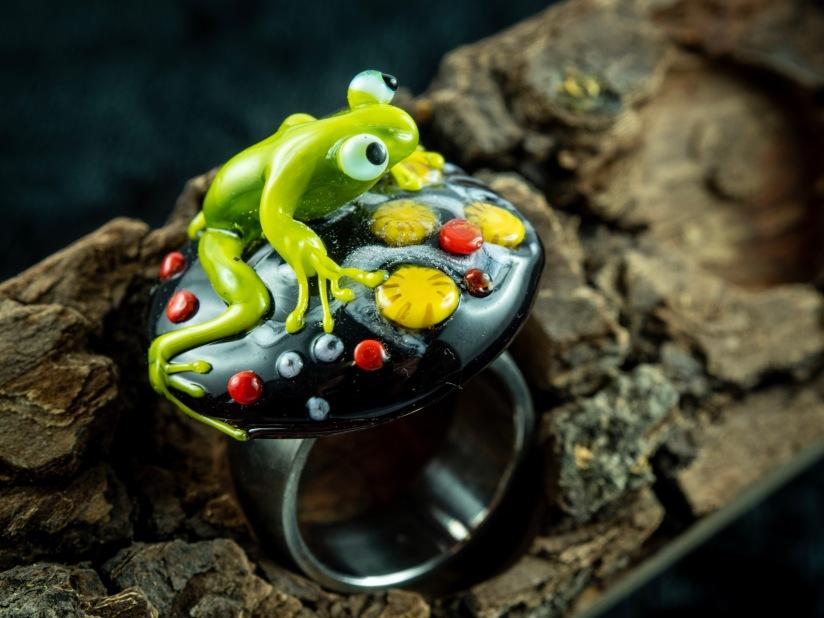 Frosch auf Ring